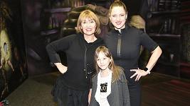 Petra Černocká se svými holkami