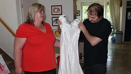 V těchto šatech bude Iveta pohřbena.