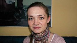 Klára Nademlýnská zůstala sama.
