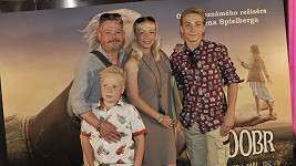 Aleš Háma s rodinou