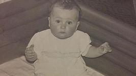 Poznáte děvčátko na fotce?