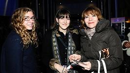 Michaela Dolinová s dcerou a její kamarádkou..