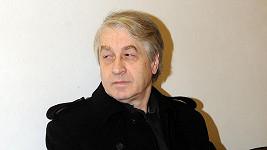 Josef Rychtář prý ohrozil zdraví Ivety Bartošové.