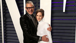 Jeff Goldblum s o 30 let mladší manželkou Emilií Livingston