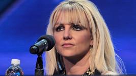 Britney Spears v roli porotkyně soutěže X Factor neoslnila.