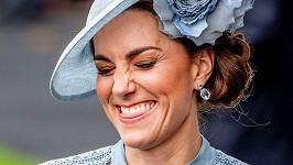 Vévodkyně Kate na dostizích v Ascotu
