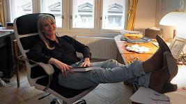 Chantal Poullain opývá neutuchajícím šarmem.