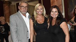 Lucie Borhyová s rodinou