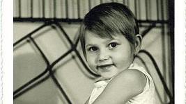 Poznáte tuhle malou holčičku?