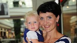 Ester Janečková s dcerou Sárou.