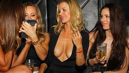 Modelka Joanna Krupa ráda nosí vyzývavé modely.