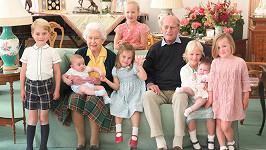 Vévodkyně Kate zveřejnila krásný rodinný snímek.