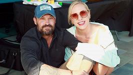 Brian Austin Green s přítelkyní Sharnou Burgess