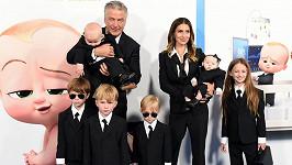 Alec a Hilaria Baldwinovi s dětmi