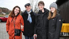 Táborský si s rodinou vyrazil do Zoo.
