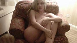 Lady Gaga a její další odvážná fotografie.