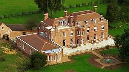 Beckingham Palace, o který má zájem Kim Kardashian.