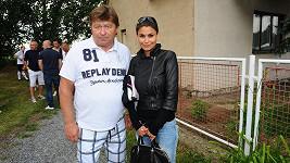 Vlaďka Erbová s otcem svého přítele Tomáše Řepky Petrem Vokáčem