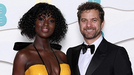 Joshua Jackson a Jodie Turner-Smith