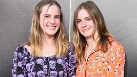 Noelle (vlevo) a Cali Sheldonovy