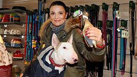 Mahulena a její psí parťák Umberto.