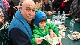 Andrej Hryc s vnukem