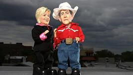 Pohrajte si s Georgem a Hillary.
