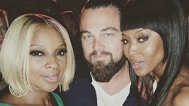 Naomi přišli popřát Leonardo DiCaprio i Mary J. Blige.