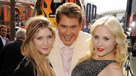 David Hasselhoff s Taylor Ann (vpravo) a Hayley