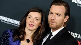 Ewan McGregor a Eve Mavrakis jsou oficiálně rozvedení.