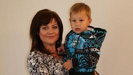 Ilona Csáková se synem Daníkem.
