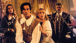 Tina Ruland jako princezna Elena v pohádce Pták Ohnivák, která vznikla v česko-německé koprodukci.