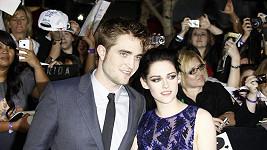 Kristin Stewart se svým přítelem Robertem Pattinsonem.