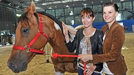 Zuzana Stavná má s koněm nepříjemný zážitek.