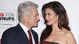 Michael Douglas a Catherine-Zeta Jones opět tvoří spokojený pár.