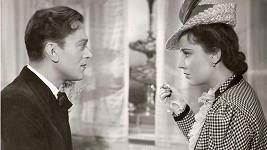 Karel Höger a Lída Baarová ve filmu Za tichých nocí (1941).