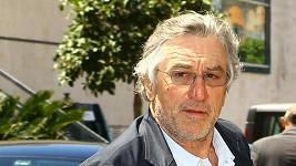Robert de Niro na festivalu v Cannes.