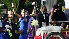 Rihanna na svatbě kamarádky.