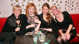 Švandová, Geislerová, La Chia a Polívková se sešly na párty.