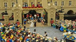 Princ William a Kate se už vzali, ale jen jako figurky z Lega