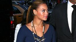 Zpěvačce Beyoncé mateřství svědčí.