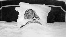 Edith Piaf den před svou smrtí. Bylo jí pouhých 47 let.