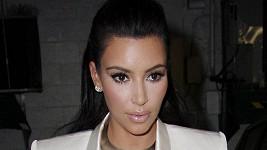 Kim Kardashian není z výsledků ankety moc nadšená.