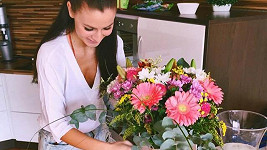 Tereza Chlebovská dostala od přítele krásné květiny.