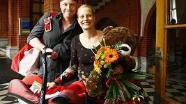Kristina i její partner Karel zářili štěstím.