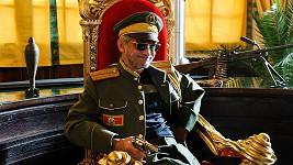 Oldřich Kaiser je ve své nové roli k nepoznání.