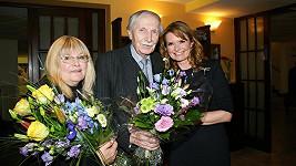 Ladisva Chudík s manželkou Alenou a Hankou Heřmánkovou.