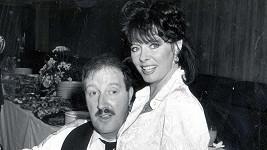 Gordon Kaye a Vicki Michelle