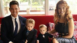 Michael Bublé a Luisana Lopilato se syny Noahem a Eliasem