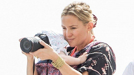 Kate Hudson první dovolenou s dcerkou poctivě zaznamenává.